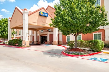 Hotel - Comfort Inn and Suites Near Medical Center