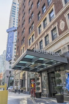 Hotel Felix Chicago photo
