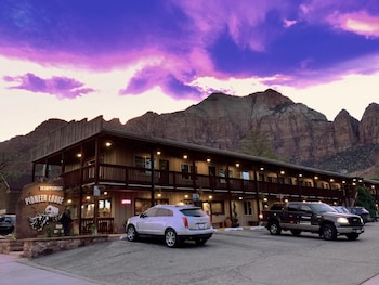 Hotel - Pioneer Lodge