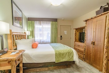 Standard Room, 1 King Bed (Non-Smoking 1 King 2nd Floor)