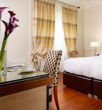 ウナ ホテル ローマ