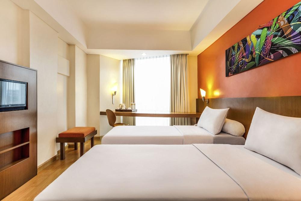 宜必思新帕丽玛酒店