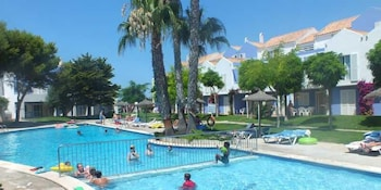 클럽 시우다델라 아파트호텔(Club Ciudadela Aparthotel) Hotel Image 10 - Outdoor Pool