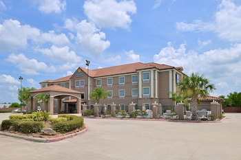 Comfort Inn And Suites Winnie