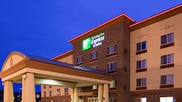 Holiday Inn Express & Suites Winona, an IHG Hotel