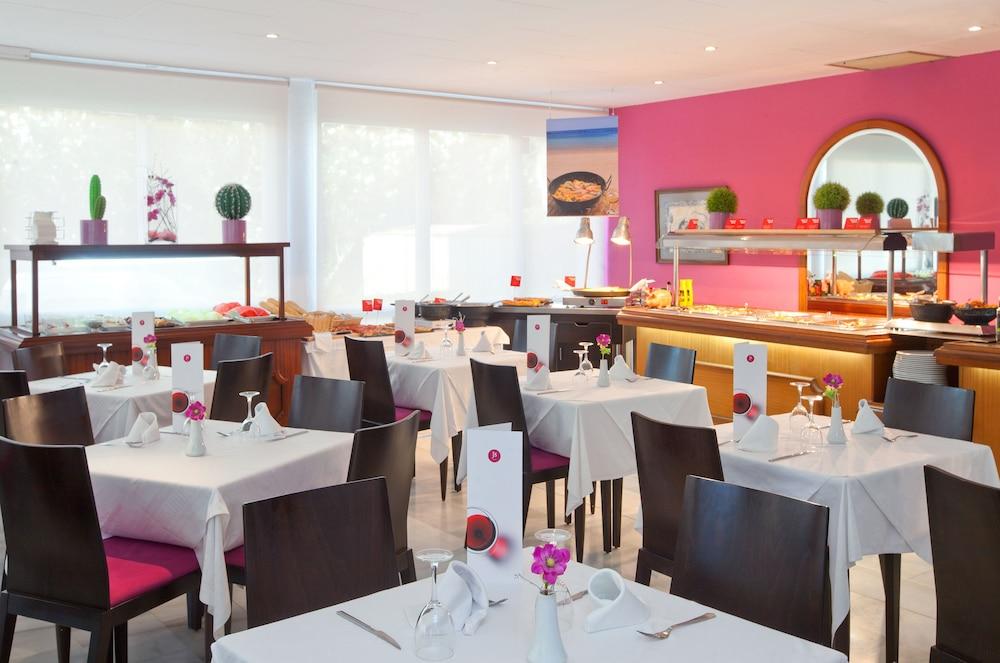 JS 솔데칸 피카포트 - 어른 전용(JS Sol de Can Picafort - Adults Only) Hotel Image 16 - Buffet