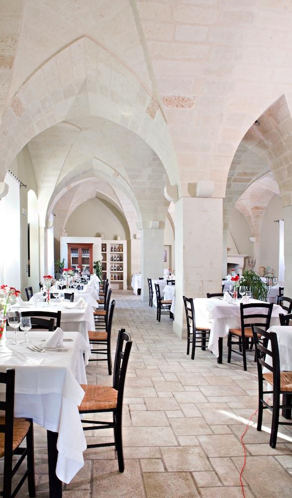 마세리아 파나레오(Masseria Panareo) Hotel Image 76 - Restaurant