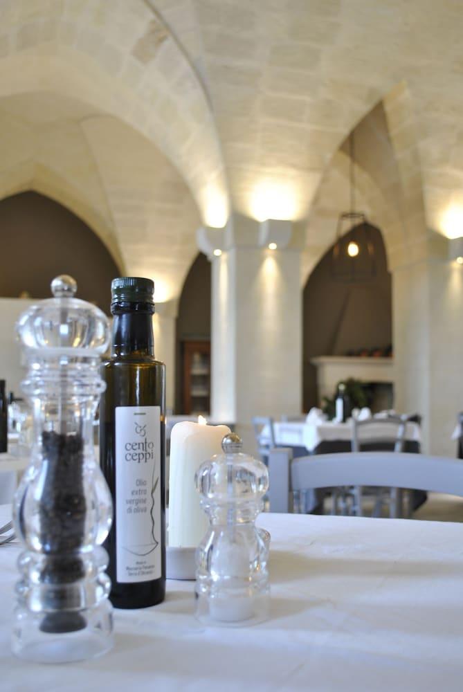 마세리아 파나레오(Masseria Panareo) Hotel Image 78 - Food Court