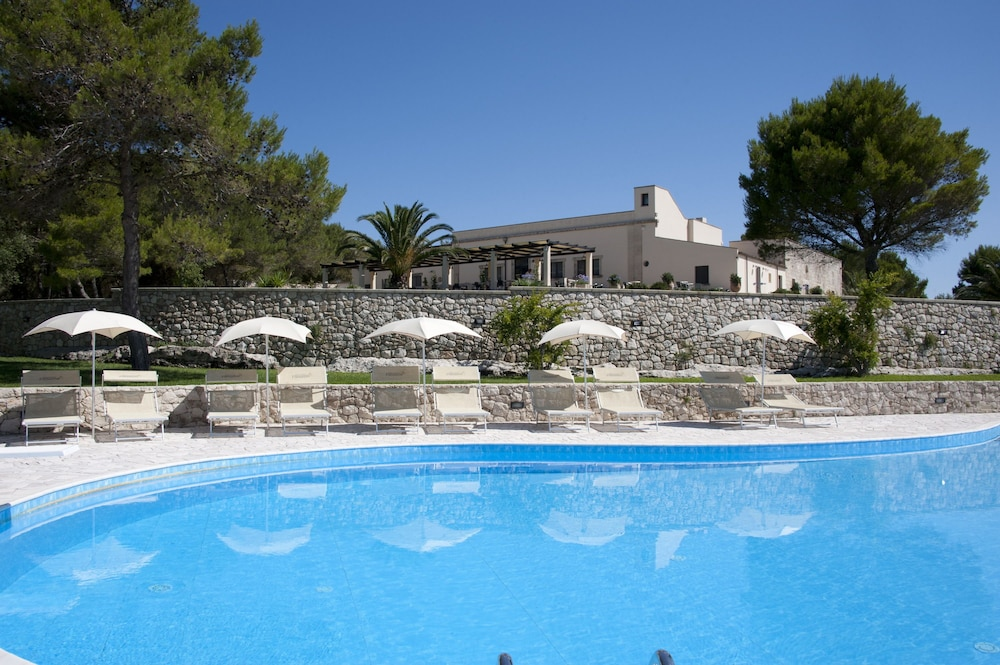 마세리아 파나레오(Masseria Panareo) Hotel Image 4 - Pool