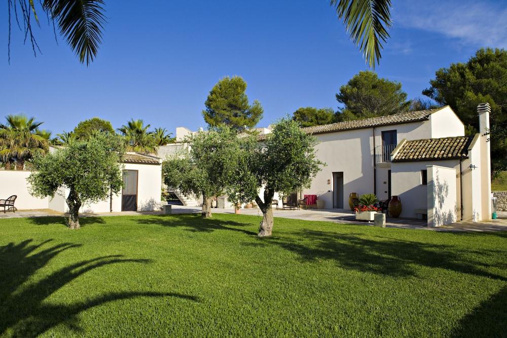 마세리아 파나레오(Masseria Panareo) Hotel Image 99 - Garden