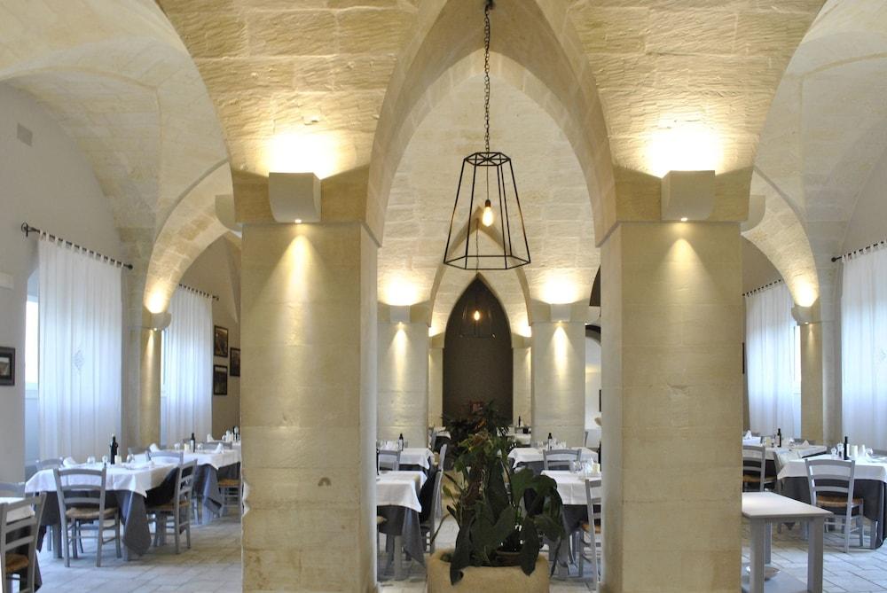 마세리아 파나레오(Masseria Panareo) Hotel Image 84 - Food Court