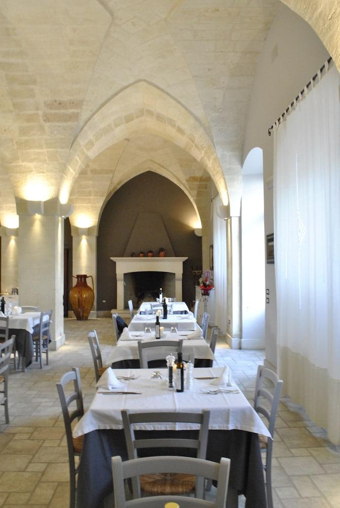마세리아 파나레오(Masseria Panareo) Hotel Image 85 - Food Court