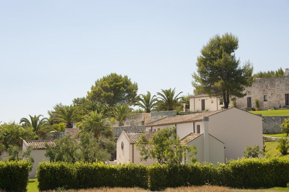 마세리아 파나레오(Masseria Panareo) Hotel Image 113 - Porch