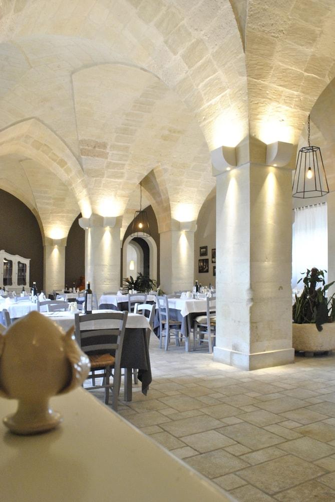 마세리아 파나레오(Masseria Panareo) Hotel Image 89 - Food Court