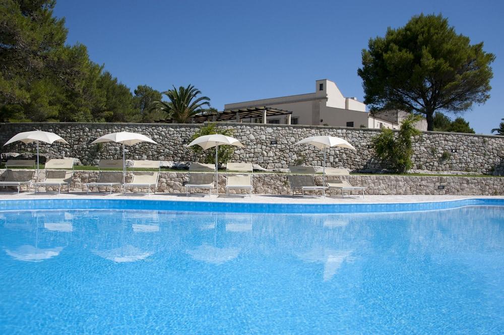 마세리아 파나레오(Masseria Panareo) Hotel Image 9 - Pool