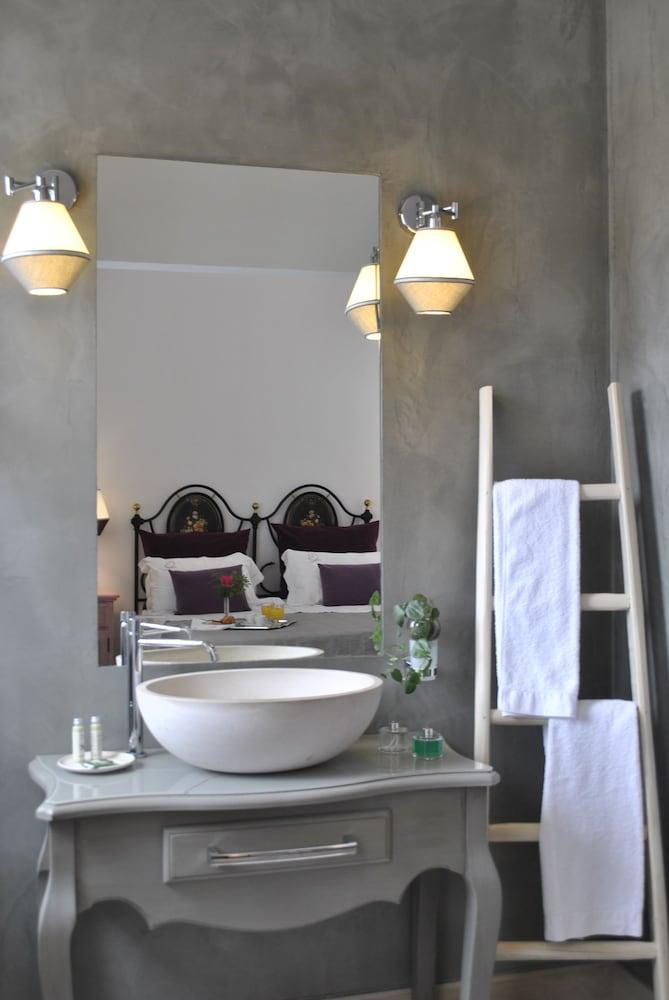 마세리아 파나레오(Masseria Panareo) Hotel Image 61 - Bathroom