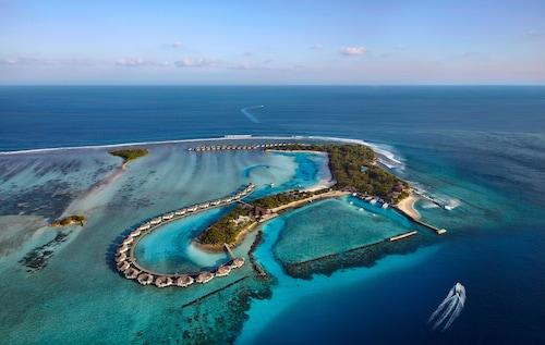 Cinnamon Dhonveli Maldives, Malé