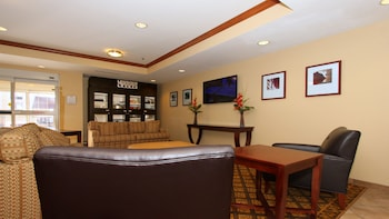 Hotel - Candlewood Suites Kansas City Airport