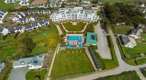 . St Moritz Hotel
