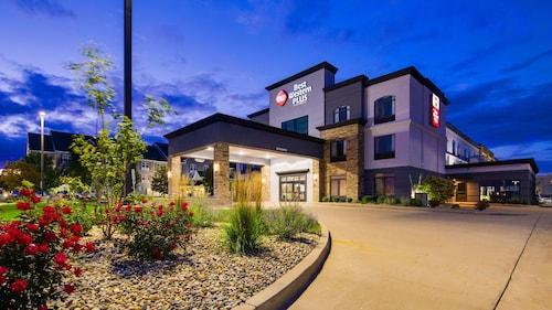 . Best Western Plus Champaign/Urbana Inn