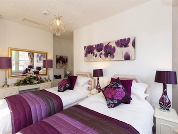 Double Room, 1 King Bed, Ensuite (Lilac Room)