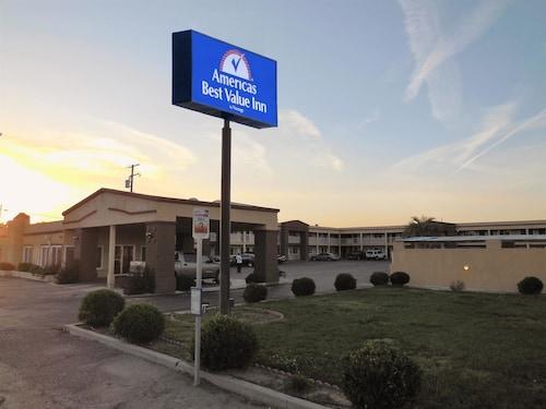 . Americas Best Value Inn Hanford