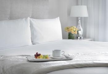 Suite, 2 Bedrooms (Bay Front)