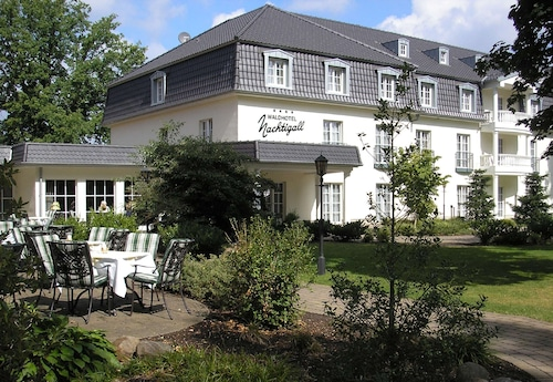 __{offers.Best_flights}__ Waldhotel Nachtigall