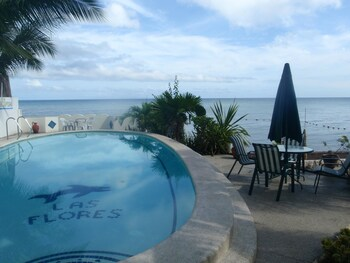 Las Flores Country & Beachside Hotel Cebu Outdoor Pool