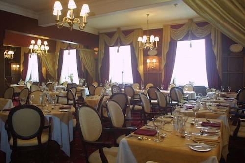 . The Saracens Head Hotel
