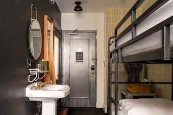 Bunk Bed Room 2 Twin Beds