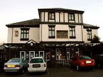 Hotel - The Green Man Pub and Hotel