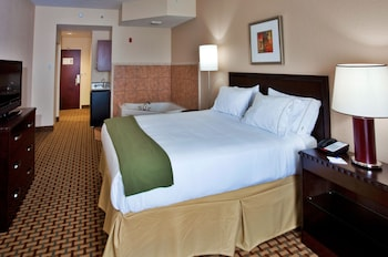 Guestroom at Holiday Inn Express Hotel & Suites Ocoee East in Orlando
