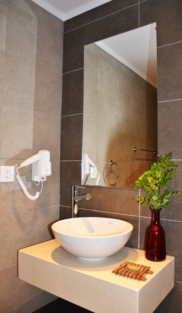레드라 마레메 호텔(Ledra Maleme Hotel) Hotel Image 57 - Bathroom