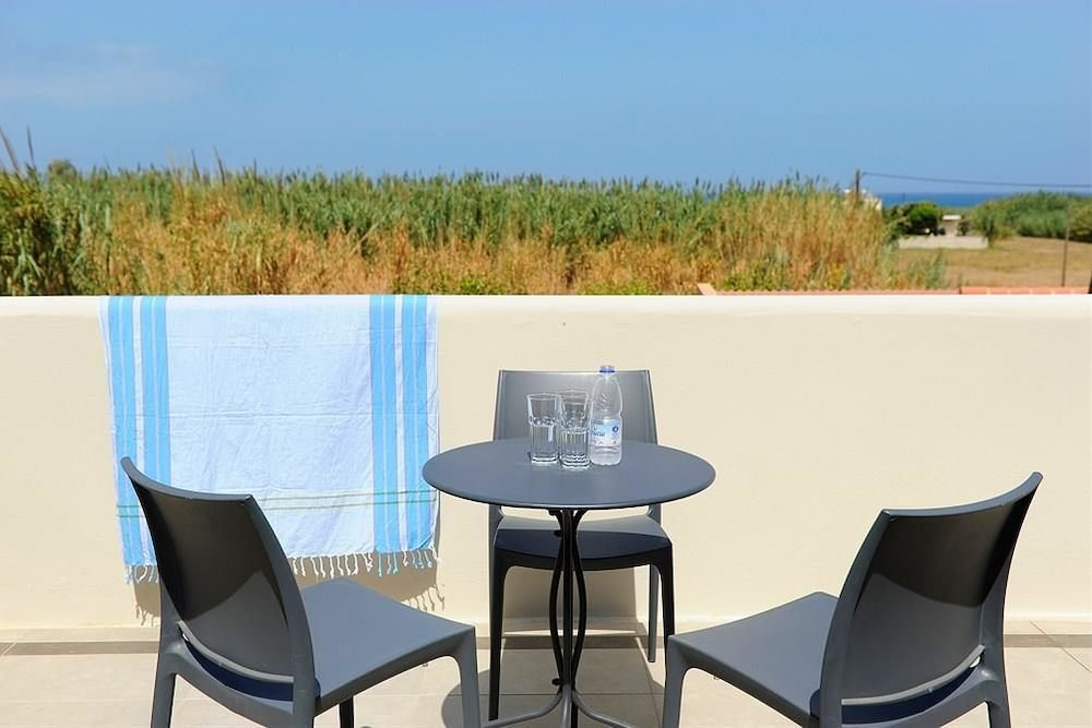 레드라 마레메 호텔(Ledra Maleme Hotel) Hotel Image 55 - Balcony