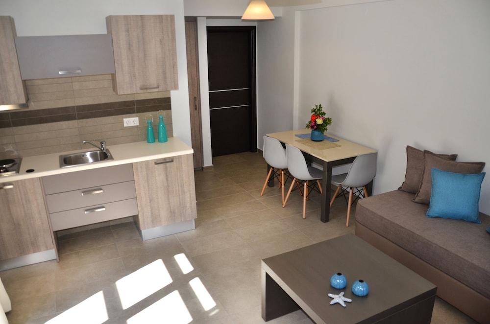 레드라 마레메 호텔(Ledra Maleme Hotel) Hotel Image 43 - In-Room Kitchenette