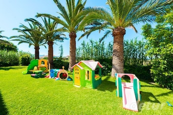 레드라 마레메 호텔(Ledra Maleme Hotel) Hotel Image 74 - Childrens Play Area - Outdoor