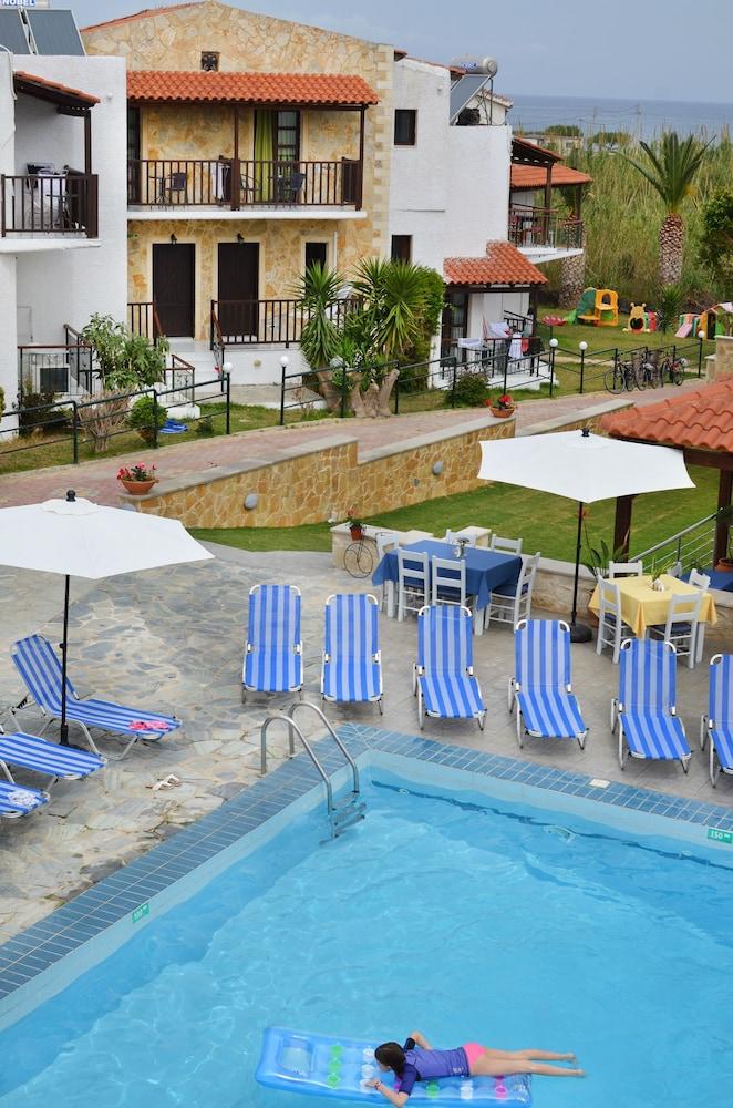 레드라 마레메 호텔(Ledra Maleme Hotel) Hotel Image 4 - Pool