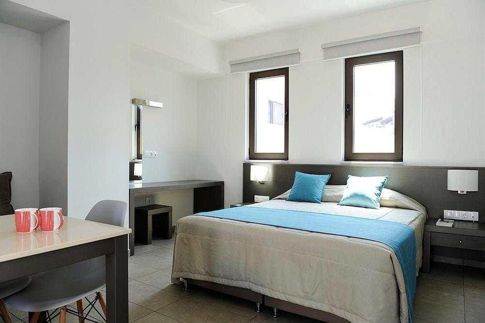 레드라 마레메 호텔(Ledra Maleme Hotel) Hotel Image 35 - Guestroom