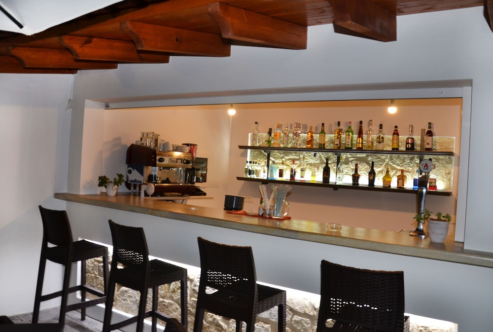 레드라 마레메 호텔(Ledra Maleme Hotel) Hotel Image 81 - Hotel Bar