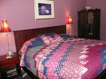 The Continental Inn - Guestroom  - #0