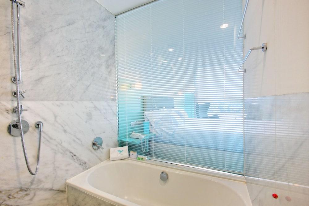 호텔 히베루스(Hotel Hiberus) Hotel Image 14 - Bathroom