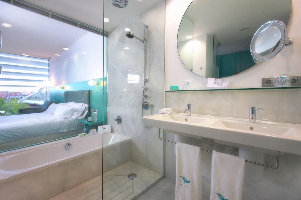 호텔 히베루스(Hotel Hiberus) Hotel Image 16 - Bathroom