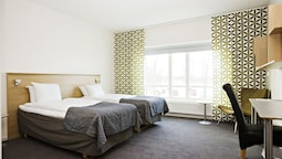 Standard Room, 2 Single Beds, Non Smoking (bunk Beds)