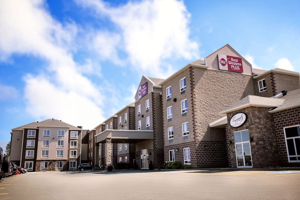 Best Western Plus Dartmouth Hotel And Suites