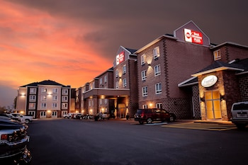 Hotel - Best Western Plus Dartmouth Hotel & Suites
