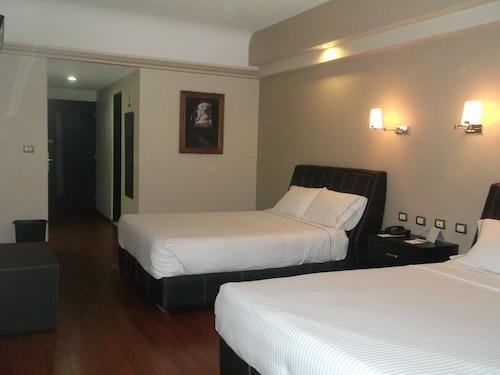 Hotel Diana Del Bosque, Morelia