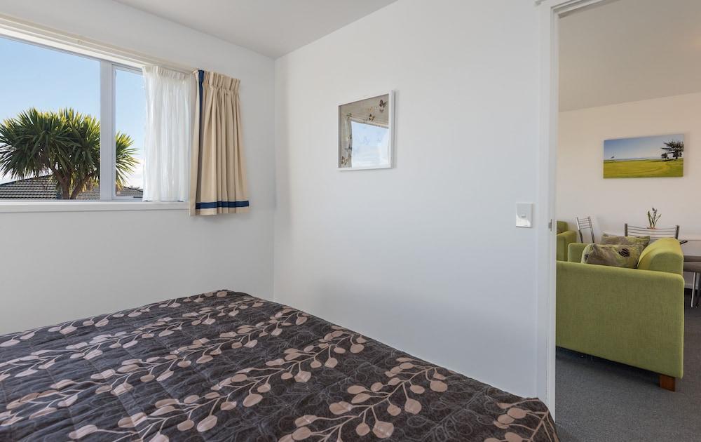 그린스 모텔(Greens Motel) Hotel Image 12 - Guestroom