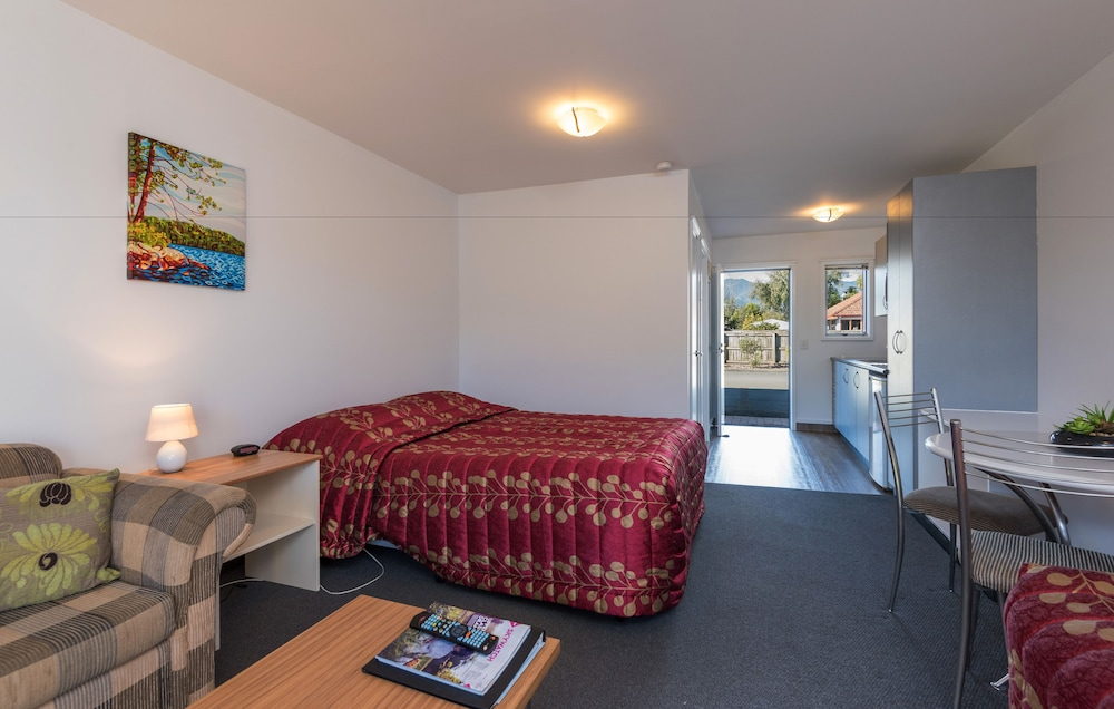 그린스 모텔(Greens Motel) Hotel Image 22 - Guestroom