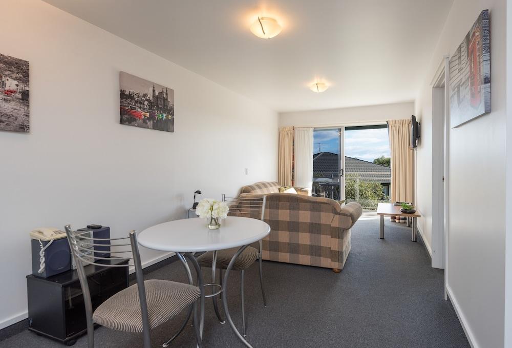 그린스 모텔(Greens Motel) Hotel Image 23 - Guestroom